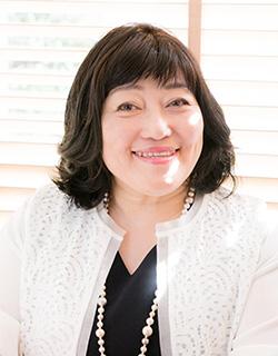 梶本由美 Yumi Kajimoto